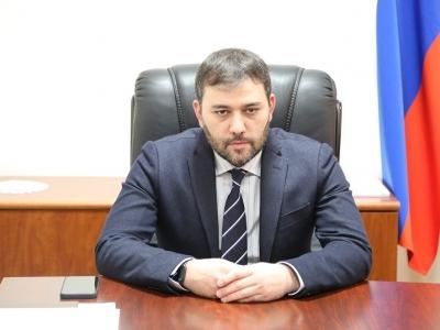 Министр, совместно с руководителями структурных подразделений Минпромэнерго ЧР провел совещание с руководителями промышленных предприятий республики