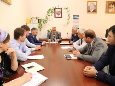 Магомедов Р.А. провел совещание с представителями министерств и ведомств республики